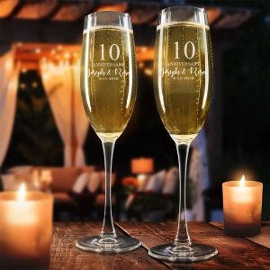 dbe1278e475 Set of 2 Anniversary Year + First Names + Date Toasting Flutes